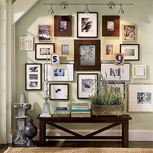 Come appendere i quadri la casa dei tesori - Cornici per camere da letto ...