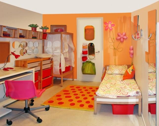 Angolo studio in cameretta