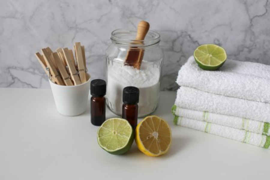 Utilizzare detergenti naturali per le pulizie di casa