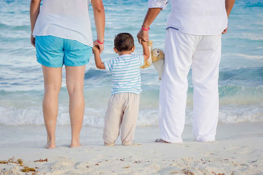 Bonus alle famiglie nel decreto rilancio in Italia